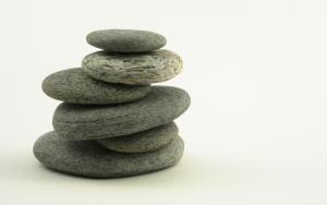 Плоские камни