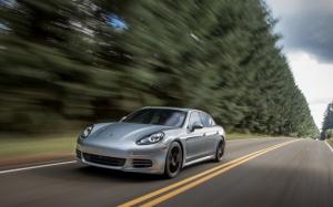 Porsche Panamera в динамике