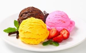 Три шарика мороженого