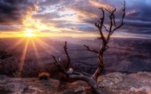 Закат над каньонами