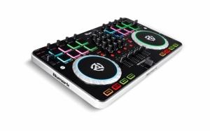 DJ микшер
