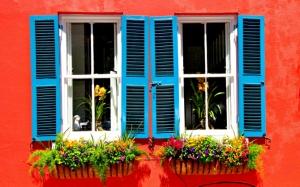 Окна со ставнями