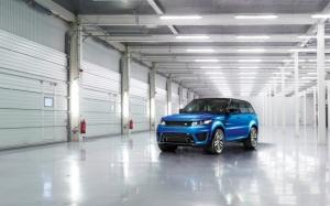 Синий Range Rover Sport
