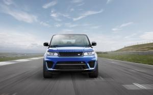 Range Rover Sport вид спереди