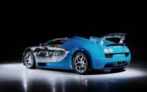 Bugatti Veyron хром