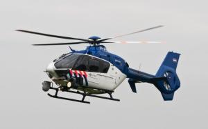 Полицейский вертолет