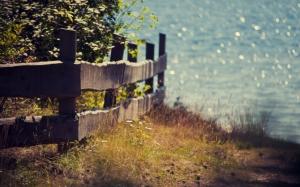 Забор у моря