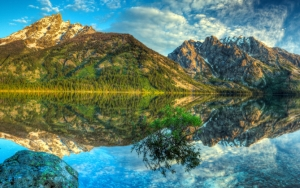 Потрясающее озеро